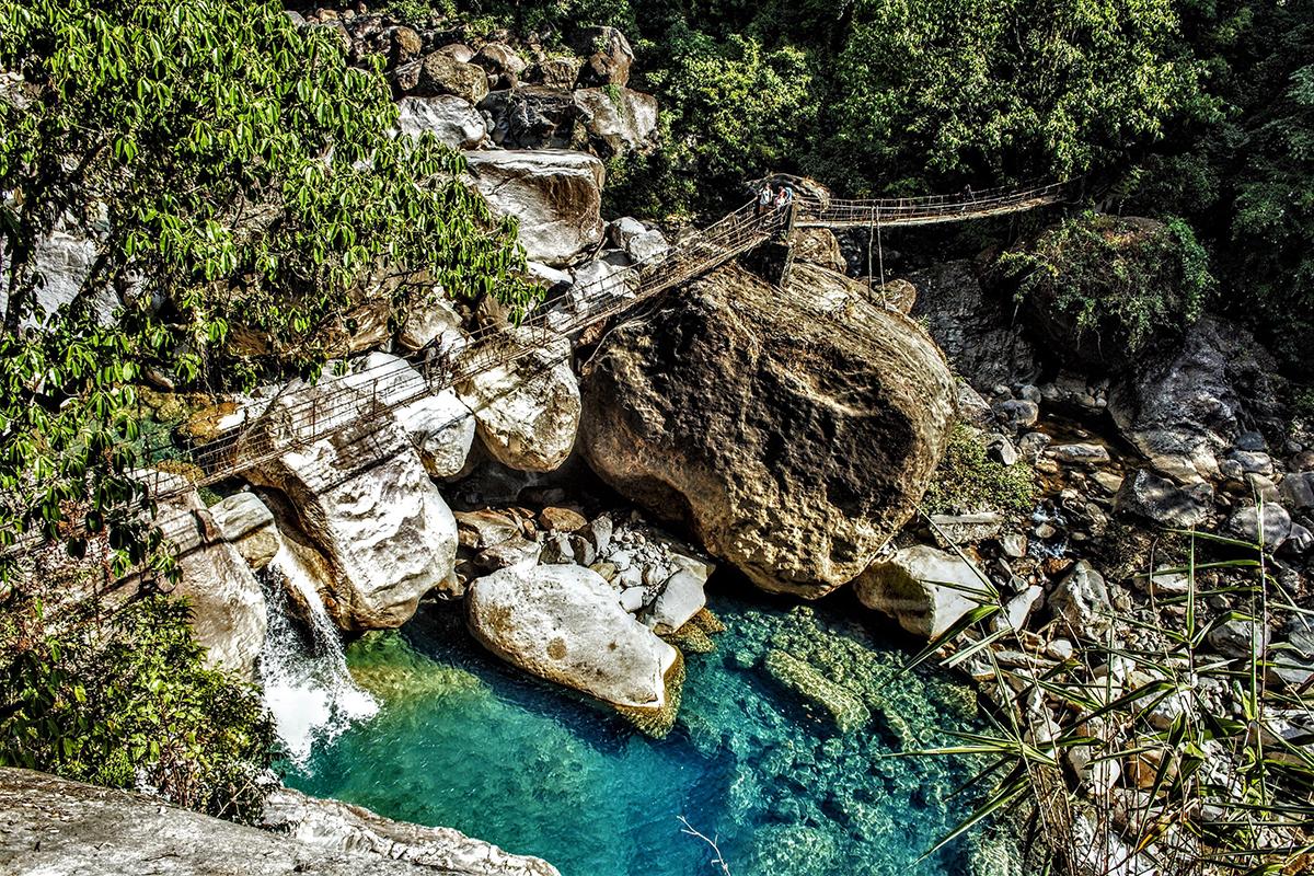 Megahalaya - Hängebrücke im Dschungel